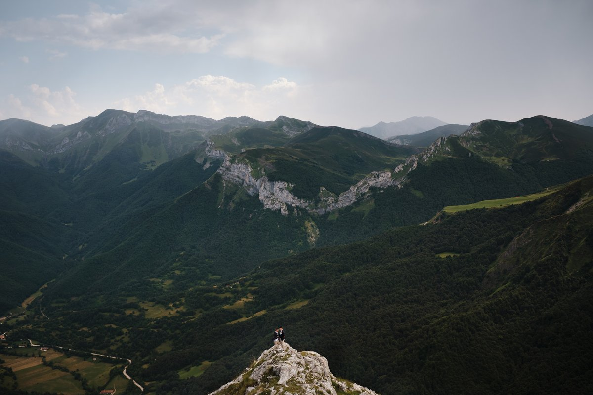 Manuel y Manuel tuvieron una renovación de votos en Cantabria a casi 1900metros de altura.